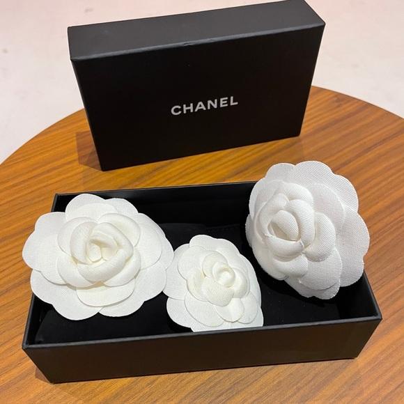 Chanel flower
